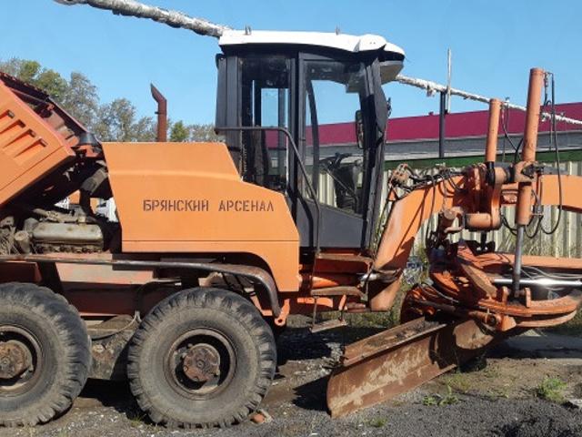 Автогрейдер ГС-14.03