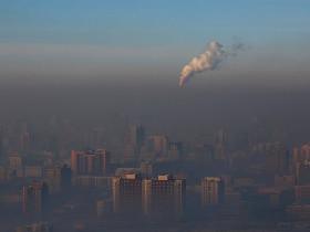 В Красноярске горожане страдают от удушающего смога