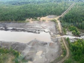 Ущерб от прорыва дамбы «Алросы» в Якутии предварительно оценен почти в 27 млрд рублей