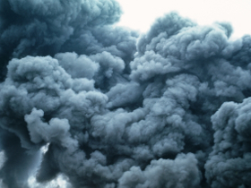 Свалка ТБО в Раменском горит третий день: собственник пока не найден