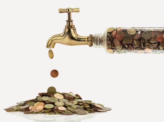 вода деньги