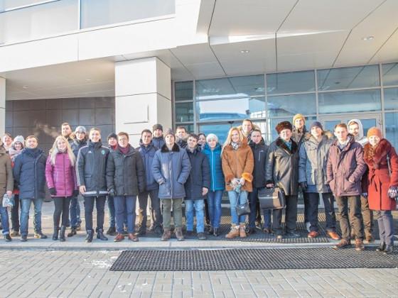 Молодые учёные горного университета прибыли в Югру для участия в научном форуме