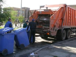 Вологодский губернатор уволит чиновников, которые не справятся с вывозом мусора