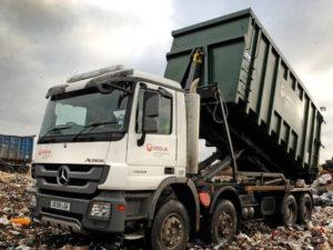 Единороссы готовы внести поправки в законы для обеспечения честных тарифов на вывоз мусора