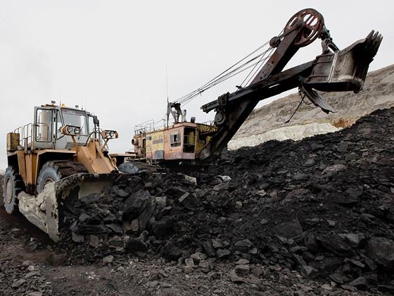 Путин призвал не гнаться за ростом угледобычи в ущерб экологии