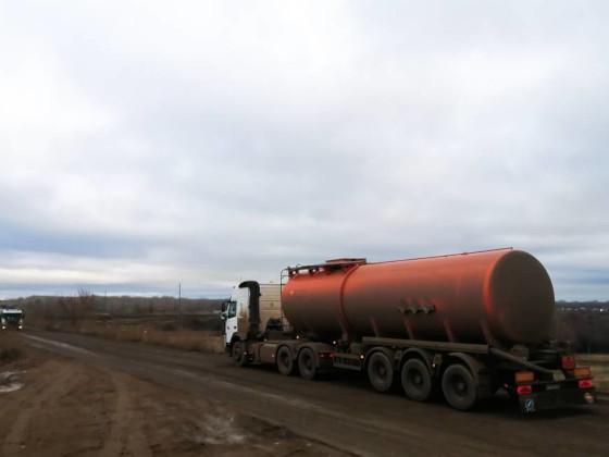 От добывающих компаний потребовали заменить нефтевозы трубопроводами