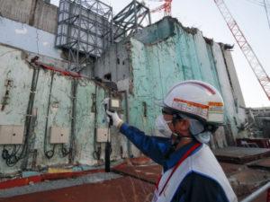 """Власти Японии к 2031 году намерены вывезти все ядерное топливо с АЭС """"Фукусима-1"""""""