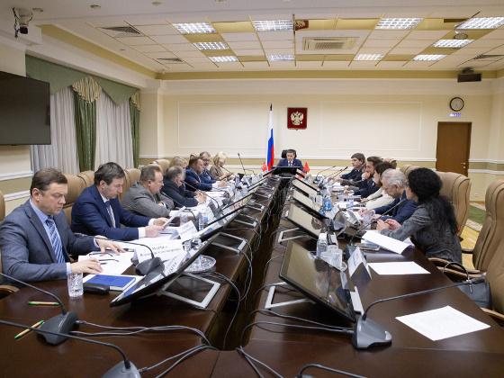 Дмитрий Кобылкин встретился с представителями ассоциаций и объединений производителей