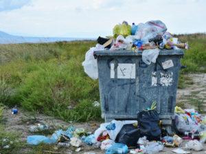 Регионы получат более 10 млрд рублей на помощь операторам по вывозу отходов