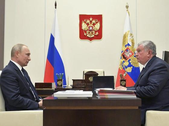 Игорь Сечин на встрече с Владимиром Путиным попросил о льготах для «Роснефти»