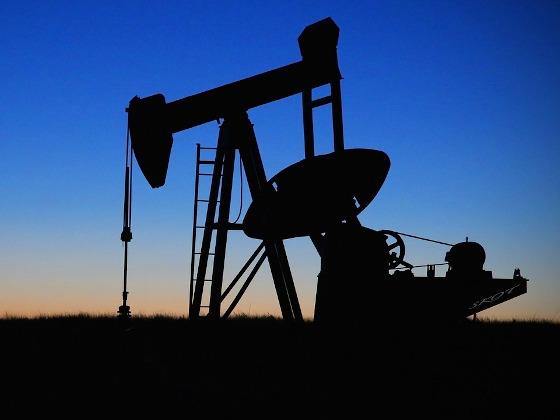 Разлив нефтепродуктов на территории Красноленинского нефтегазоконденсатного месторождения