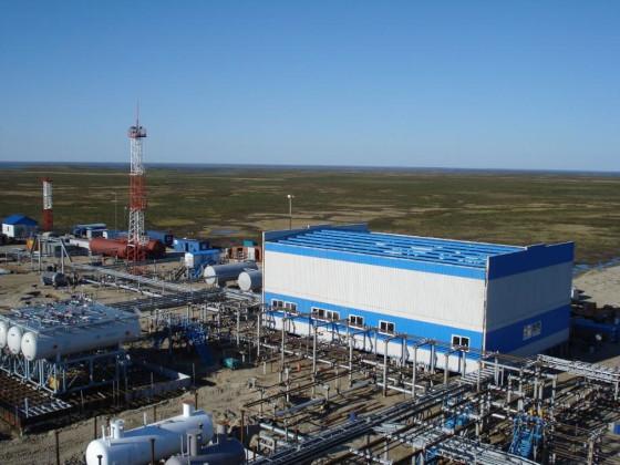 На Тазовском месторождении строят объекты для транспорта нефти и попутного газа