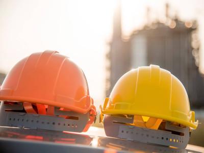 Ростехнадзор приостановил работу 11 нефтяных объектов в Арктике
