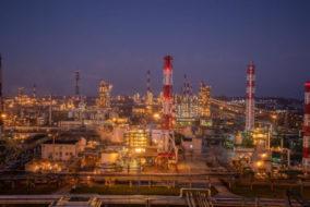 «Славнефть-ЯНОС» построит комплекс для глубокой переработки нефти