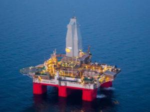 """""""Газпром недра"""" займется геологоразведкой в морях Арктики на платформе """"Северное сияние"""""""