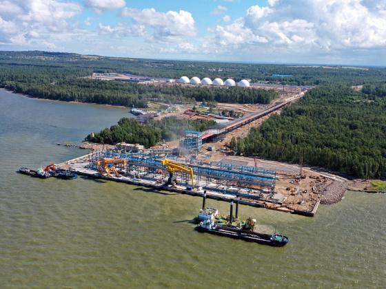 «НОВАТЭК» увеличит выпуск товарных нефтепродуктов в порту Усть-Луга