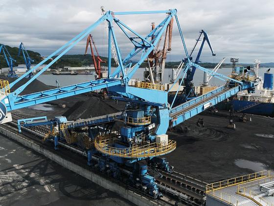 В 2023 году в порту Посьет начнут работать пылеветрозащитные экраны