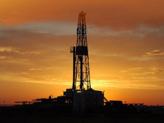 В августе нефтедобыча в России вырастет на 100 тыс. баррелей в сутки